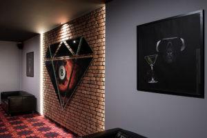 Obrazy w Klubie Bilardowym Diament w Krakowie